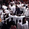சபாநாயகர் மீது ரணில் – ராஜபக்சே எம்.பி-க்கள் தாக்குதல்! – போர்க்களமான இலங்கை நாடாளுமன்றம்!