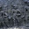 பூங்குடி நாட்டில் கி.பி. 12ம் நுாற்றாண்டைச் சேர்ந்த மூன்று வீரர்களை கொண்ட நடுகல் கண்டுபிடிப்பு!
