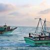 இலங்கை கடற்படை அட்டூழியம் ராமேஸ்வரம் மீனவர்கள் மீது கல் வீசித் தாக்குதல்